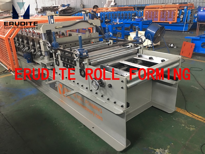 YX31-320 500 Metal Roll Forming Line Auto-Size-Changing