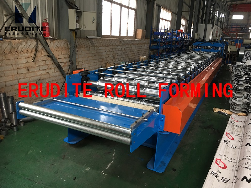 YX81-240-776 Tile Roof Metal Roll Forming Line