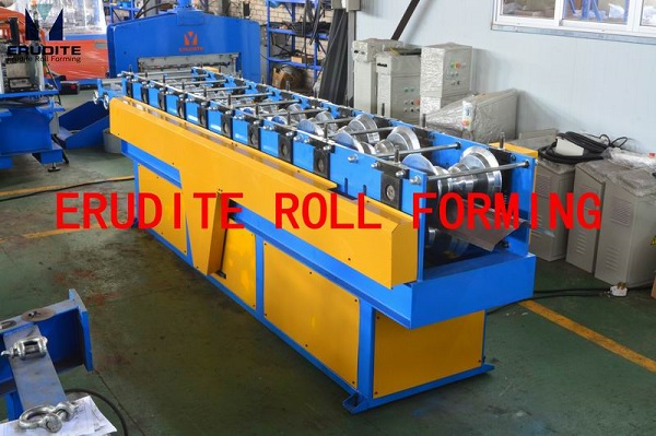 R40 ROLL FORMING MACHINES FOR RIDGE CAP PROFILE WITHOUT TOP RIB, FEED-IN PIECE BY PIECEf