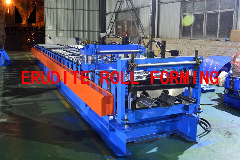 YX106-350-758 ROLL FORMING MACHINE FOR STEP TILE ROOF PROFILE
